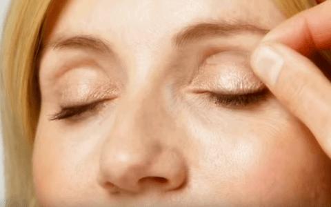 Eye_Secrets_Remove_Wrinkles